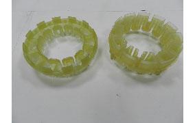 塑膠射出:絕緣外殼